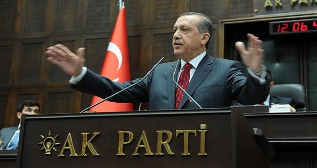 Lira turca stabile sul mercato dei cambi contro euro e dollaro, all'indomani degli esiti elettorali. Il rischio caos politico ad Ankara sembra esagerato. Ecco perché per la valuta turca potrebbe aprirsi un periodo positivo.