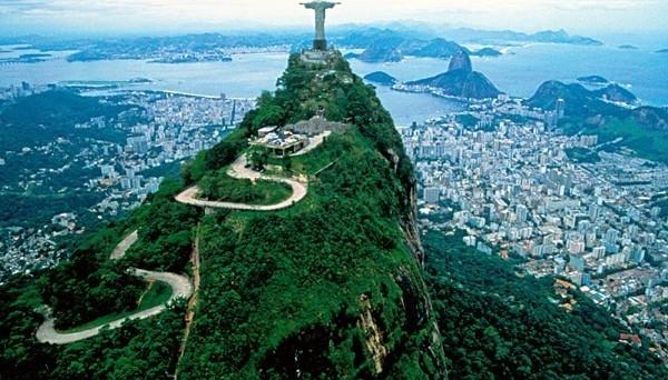 Peggiorano le attese del mercato sull'economia in Brasile. Ecco le stime su pil, inflazione e cambio.