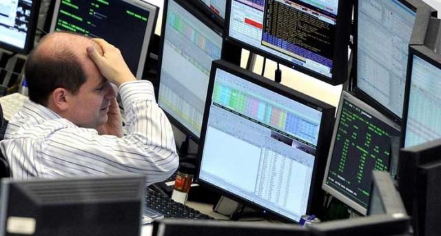 Dalla fine di maggio ad  oggi, le borse hanno bruciato nel mondo 13 mila miliardi di dollari, perdendo il 18%, il tonfo peggiore dal crac di Lehman Brothers.