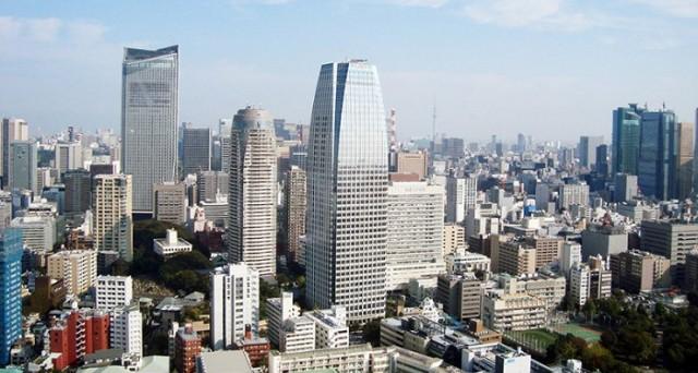 Il Giappone a rischio deflazione, nonostante i potenti stimoli monetari della BoJ e il varo dell'Abenomics. Prezzi in calo ad agosto.