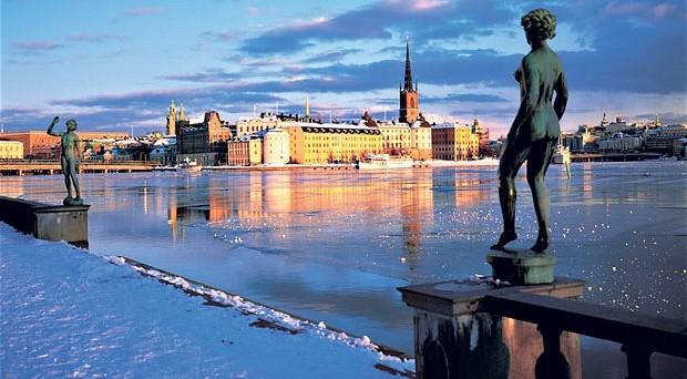 In calo le aspettative d'inflazione in Svezia, dove aumentano le probabilità di un ulteriore taglio dei tassi. Ma l'economia rischia lo scoppio della bolla immobiliare.