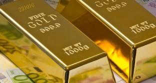 Il prezzo dell'oro scende ai minimi da 5 settimane, segnalando che il mercato sembra più propenso a credere nel rafforzamento del dollaro che alla risalita dell'inflazione nell'Eurozona.