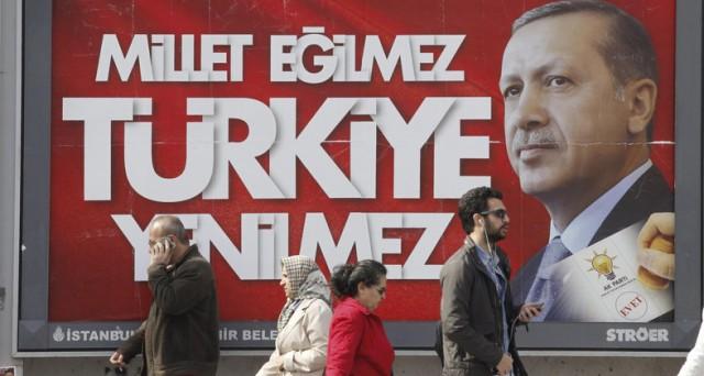 La lira turca sembra che abbia smesso di crollare, nonostante il periodo nero della Turchia. Vediamo le possibili spiegazioni.
