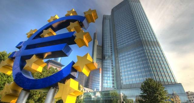 Analizzando i rendimenti sovrani tedeschi, dovremmo dedurre che la BCE stia per tagliare i tassi overnight al -0,4%.