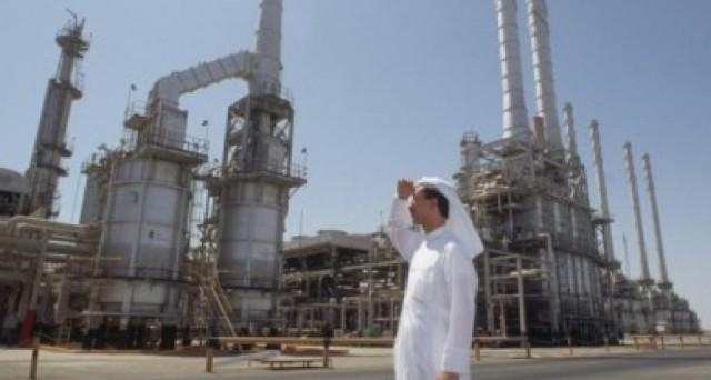 L'Arabia Saudita non farà nulla per fare risalire le quotazioni del petrolio, mentre dalla Cina arriva la conferma del rallentamento economico in atto.