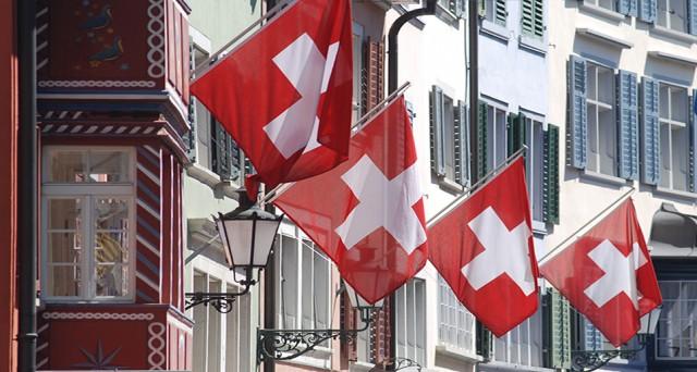 La Svizzera potrebbe utilizzare fino a 165 miliardi di franchi per contrastare gli effetti del QE della BCE sul cambio.
