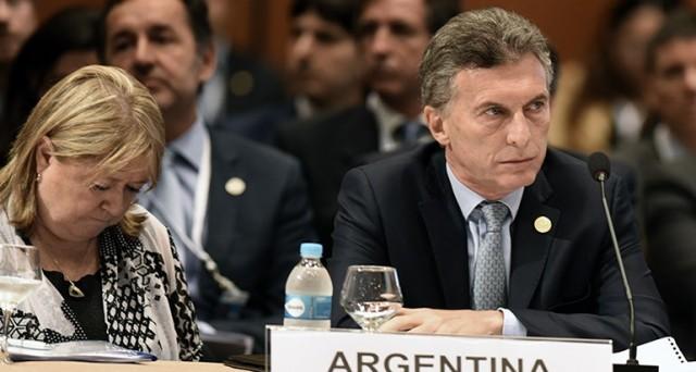 In Argentina è cambio di passo veloce per l'economia e la politica estera sotto il nuovo presidente Mauricio Macri. Annunciate nuove riforme.