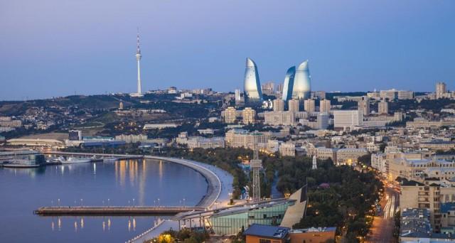 Anche l 39 azerbaigian abbandona il peg a quando il turno for La capitale dell arabia saudita