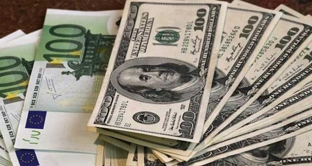 Cambio euro-dollaro a quota quasi 1,10, in risalita dall'avvio della stretta monetaria