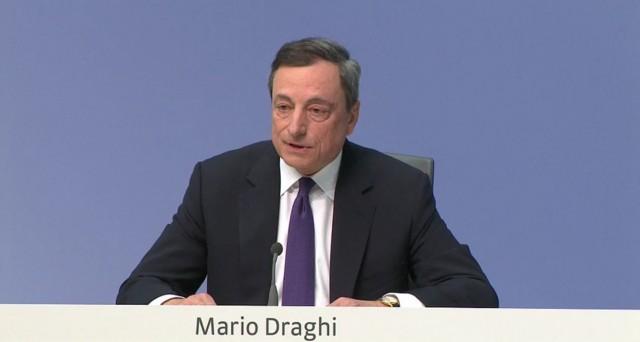 I toni accomodanti di Mario Draghi in conferenza stampa mettono le ali alle borse e il cambio euro-dollaro scende ai minimi da oltre 2 settimane.
