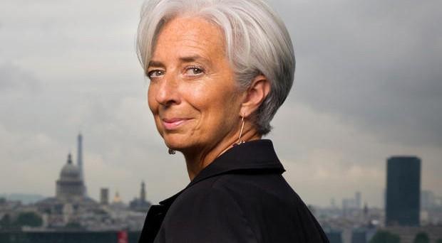 L'FMI chiede all'Eurogruppo di condonare parte del debito alla Grecia, altrimenti non farà la sua parte sull'erogazione dei nuovi prestiti. Restano le distanze sugli obiettivi fiscali.