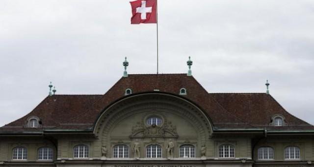 La Svizzera reagirà alle mosse della BCE con nuovi interventi della SNB contro il super-franco.