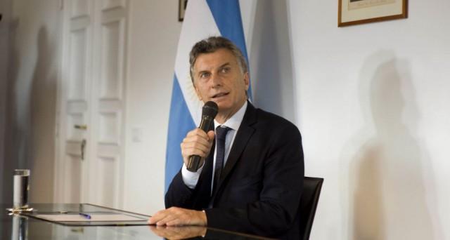 L'Argentina torna sui mercati finanziari internazionali dopo il default di 15 anni fa. Restano dubbi sui rendimenti esitabili dall'operazione.