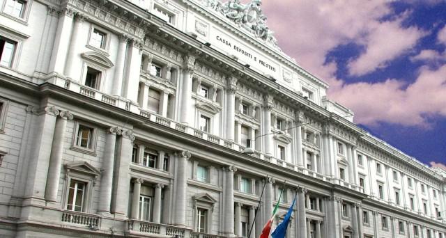 Per le banche italiane nasce il pronto soccorso di Atlante, un fondo di sostegno per gli aumenti di capitale e la cessione delle sofferenze.