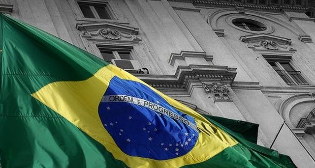 Brasile vicino all'ora della verità sull'impeachment e i mercati reagiscono molto beni su vari fronti. Boom della borsa e del cambio da inizio anno.