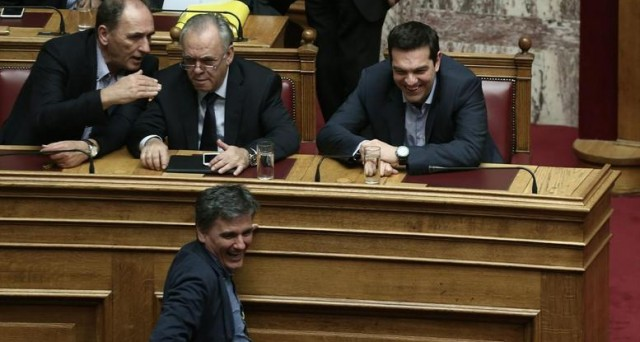 Rischio Grexit all'orizzonte? Il default resta probabile in estate, ma sul futuro della Grecia non è più possibile prevedere alcunché.