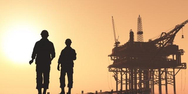 Quotazioni del petrolio in calo oggi, a pochi giorni dal vertice di Doha. I segnali ribassisti sono sotto gli occhi di tutti, nonostante il mercato si dia aspettative elevate per l'evento di domenica.
