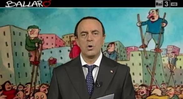 """Crozza-Berlusconi lancia soldi al pubblico: """" che figata"""""""