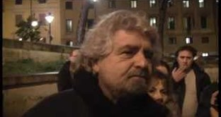 I punti in comune tra il programma di Casapound e quello del Movimento 5 Stelle non fanno di Beppe Grillo un fascista. Ma la stampa fa orecchie da mercante, si appella all'antifascismo e conferma di non avere occhi per i veri problemi attuali.