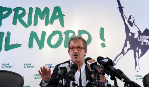 Maroni vuole chiamare alle urne milanesi, piemontesi e veneti per una serie di referendum consultivi sul futuro del nord Italia ma anche su materie non prettamente di competenza regionale
