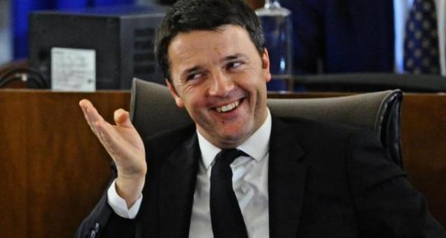 Matteo Renzi alla chiusura della Leopolda ha affermato che il posto fisso non c'è più anche se va incentivato il contratto a tempo indeterminato.