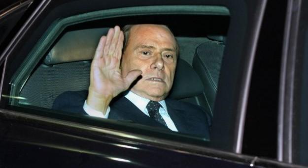 Il governo Berlusconi fu vittima di un complotto? Analizziamo i fatti senza pregiudizi da una parte dell'altra e vediamo di capire cosa davvero sia successo in quel terribile 2011.