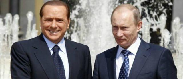 L'ex premier Silvio Berlusconi tuona contro l'intervento della Francia in Libia del 2011 e denuncia l'incapacità della UE di contrastare il terrorismo.