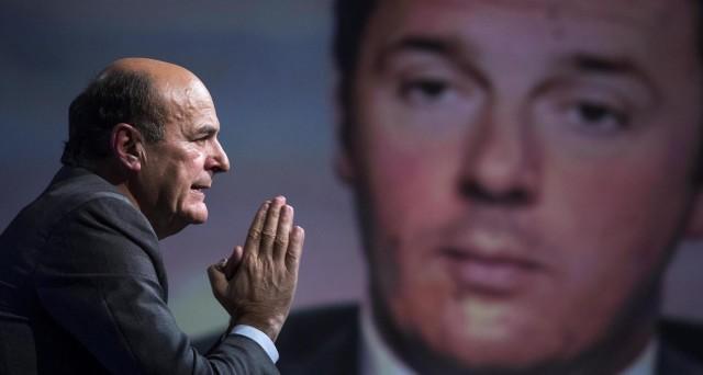 Pierluigi Bersani attacca il premier Matteo Renzi sulla riforma del Senato: