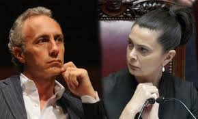 Travaglio di nuovo contro la Boldrini: il vicedirettore de Il Fatto ironizza sulla differenza tra femminismo e bigottismo