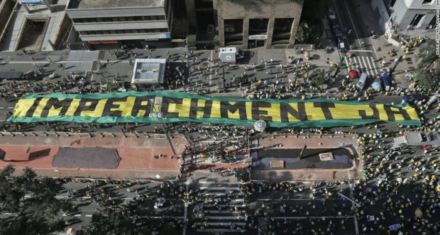 Brasile: primo via libera all'impeachment contro la Rousseff e il cambio tra real e dollaro schizza ai massimi da 8 mesi.