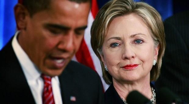 Tassa sul petrolio di 10 dollari al barile. E' la proposta del presidente USA, Barack Obama, che rischia così di avere contraccolpi sulla campagna elettorale di Hillary Clinton.