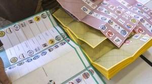 Il voto anticipato è un trucco per escludere il Movimento 5 Stelle: Di Pietro appoggia Grillo