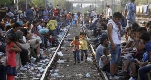 L'emergenza profughi mette a repentaglio la stessa costruzione della UE. A gennaio sono arrivati in Europa quasi 53.000 profughi, 10 volte in più di un anno prima.