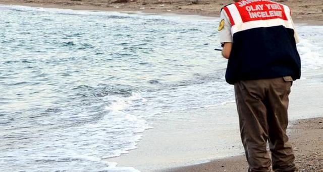 foto migranti bambino