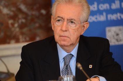 Mario Monti vuole fare di Scelta Civica il nuovo partito di centrodestra, pronto a raccogliere le ceneri di Berlusconi e del Pdl