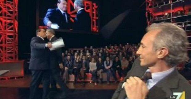 La verità sulla provenienza della missiva che Berlusconi, nel corso del programma di Michele Santoro, ha letto a Marco Travaglio