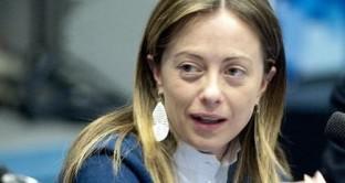 Giorgia Meloni candidata alle primarie del Pdl per ribadire la sua negazione a un possibile Monti Bis.