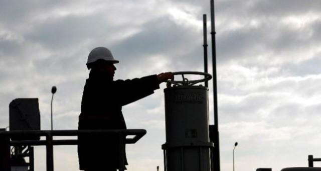 Petrolio: Russia, pronti a congelare produzione con Opec