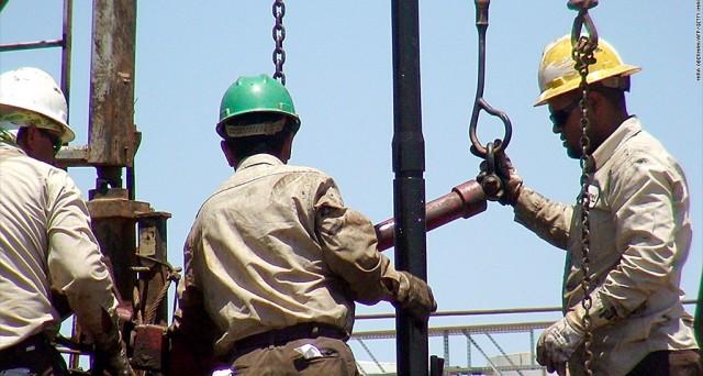Quotazioni del petrolio in calo su diverse notizie in arrivo, in particolare, dall'Arabia Saudita.
