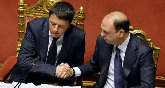 Il governo Renzi rischia di saltare sulle tensioni tra PD e Ncd, in merito alle vicende giudiziarie che stanno colpendo entrambi i partiti. Il ministro dell'Interno, Angelino Alfano, avrebbe in mano una temibile arma di minaccia nei confronti del premier.
