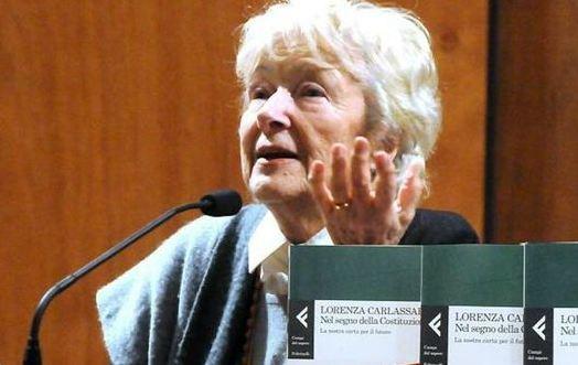 Lorenza Carlassare, costituzionalista di spicco dei 35 saggi nominati da Letta, denuncia il rischio che la Costituzione venga stravolta in senso autoritarista e minaccia di andarsene.