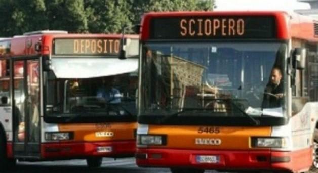 Rimandato al 14 dicembre lo sciopero dei mezzi di trasporto pubblico in programma per domani 16 novembre.