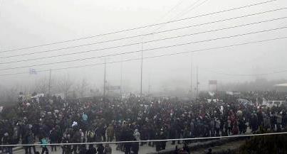 Alta la tensione nel villaggio di Ierissos: gli abitanti difendono la natura contro la miniera, la rete difende la democrazia