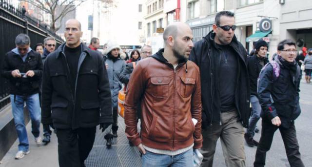 La proposta di Alessandro Bertoldi (Pdl) fa scoppiare la polemica sul web e riaccende il dibattito sul numero di personaggi scortati in Italia