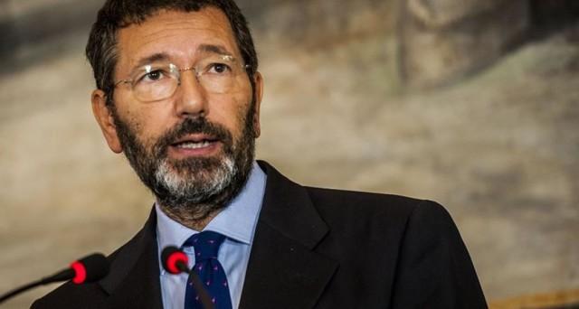 Ignazio Marino deve restare. No, Ignazio Marino deve dimettersi. Roma è divisa in due sul suo sindaco: ecco cosa ci racconta un interessante sondaggio sul primo cittadino della capitale.