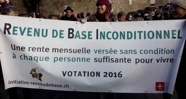 Referendum in Svizzera sul reddito minimo garantito: 2.500 franchi al mese per ogni adulto e 625 per i figli. Ma come funziona?