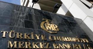 La Turchia taglia ancora i tassi. Il nuovo governatore asseconda i desideri del presidente Erdogan, ma a presidio dell'ortodossia economica è rimasto solo il vice-premier. Lira turca giù del 6% a maggio.