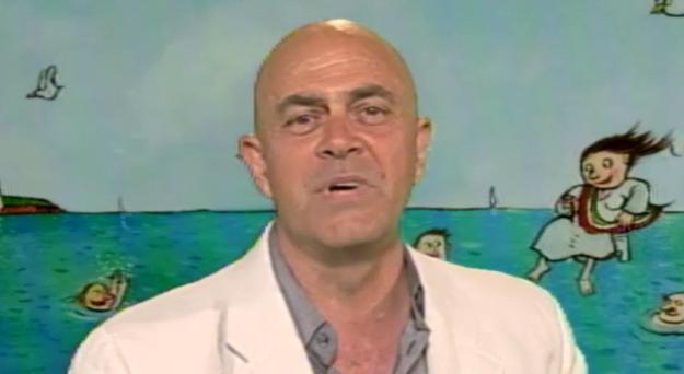 Ballarò va in ferie sul più bello e il comico genovese pensa ai prossimi eventi che potrà commentare, a partire dall'incontro Grillo-Napolitano