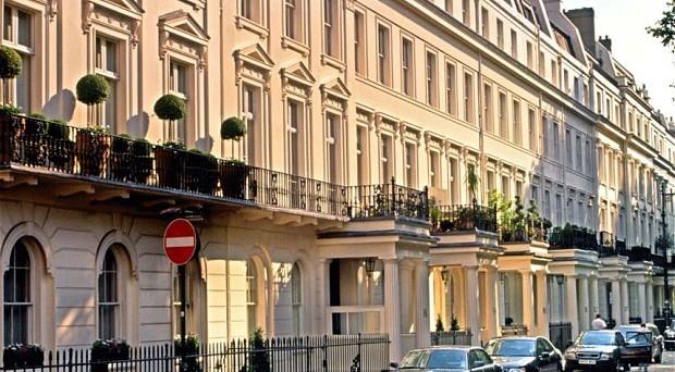 La bolla immobiliare a Londra preoccupa il neo-sindaco Sadiq Khan, che minaccia di chiudere ai non residenti.