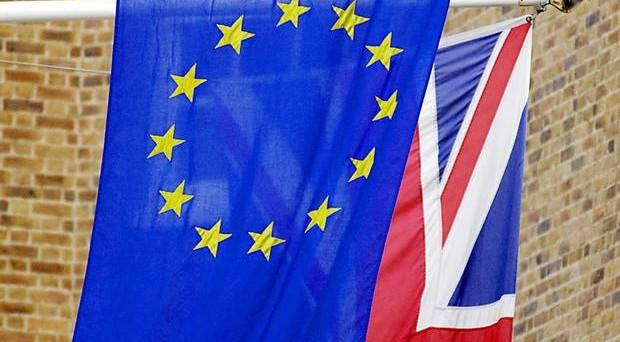 Rischio Brexit sempre più alto, ma non è detto che l'economia del Regno Unito ne risenta. E adesso potrebbe convenire investire a Londra.